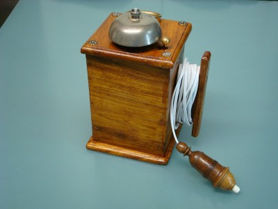 VINTAGE SERVANTS PORTABLE BELL