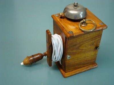 Campanello elettrico a pila