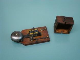 Campanello 1930~ ferro il più piccolo 12x6x4a