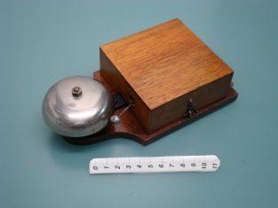 Campanello 20x10xh6 campana cromata 4-8 v. datato 15 nov. 1914
