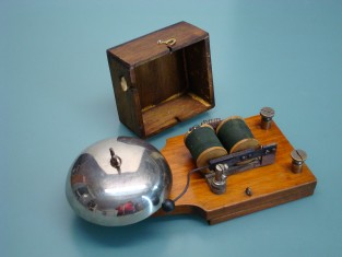 Campanello elettrico 1930~ 24x10x8 12v.