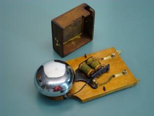 Campanello elettrico 1940~ 22x10x6 4-8v.