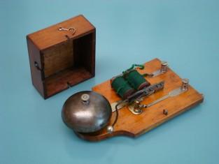 Antiguo timbre / electric door bell / sonnerie Téléphone électrique