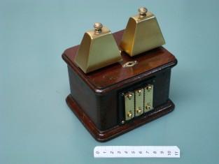 Campanello elettrico telefono / vintage door bell / old ringer bell / antico campanello / ancienne sonnerie
