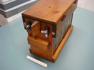 Accumulatore batteria 12v. 1960~