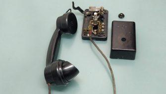 old telephon bachilite buzzer